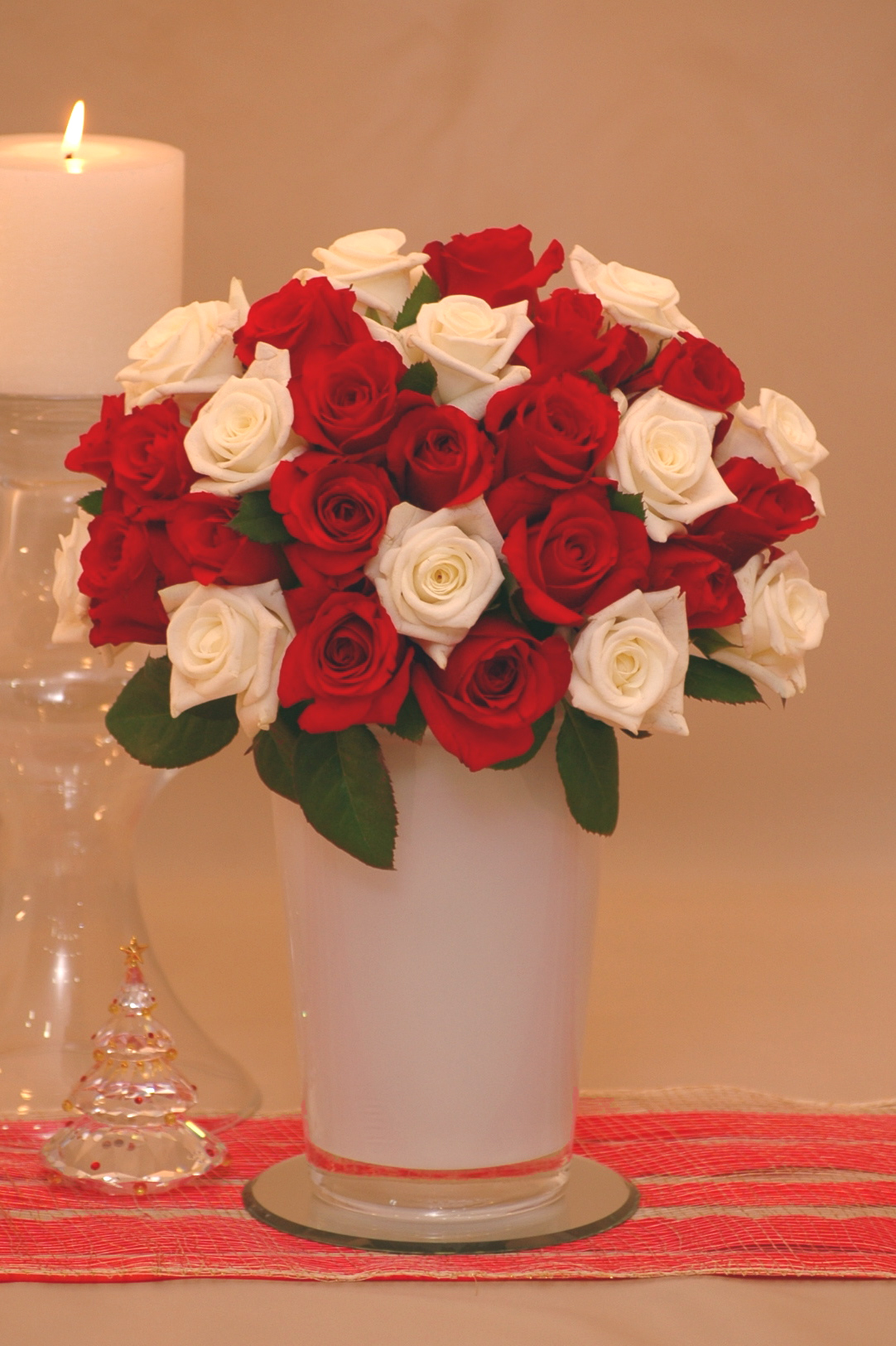 Santa's Hat Rose Bouquet